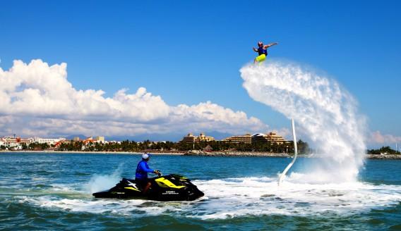 Flyboard 水上鋼鐵人/飛行滑板